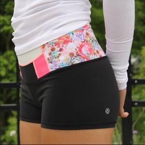 Lululemon Boogie Flowabunga Reversible Shorts